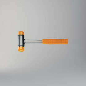 Młotek bezodrzutowy z stalowym trzonem Beta Tools