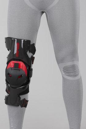 EVS Web Pro Knee Brace