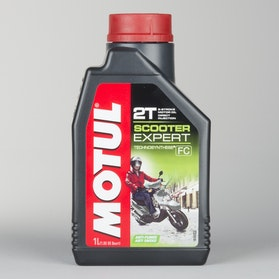 Motul Scooter Expert 2T 1L Oil Semi-synthetic