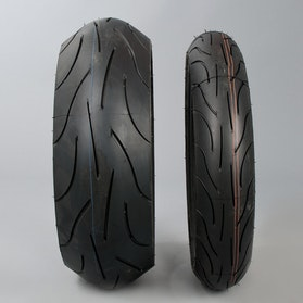 "Komplet opon 17""-17"" Michelin Pilot Power"