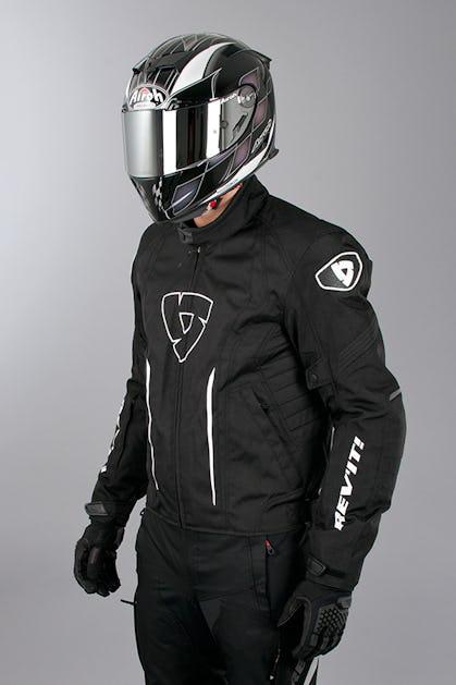 044a838e2406b Kurtka Revit Shield czarna - Teraz oszczędzasz 14% - XLmoto.pl