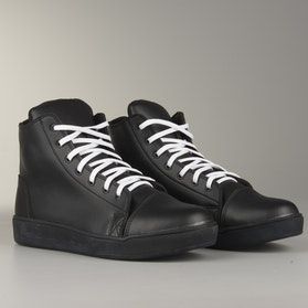 Course MX Sneakers  Black with White Laces