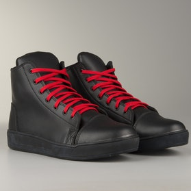 Course MX Sneakers  Black with Red Laces