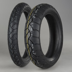 Bridgestone BattleWing Tyre Set