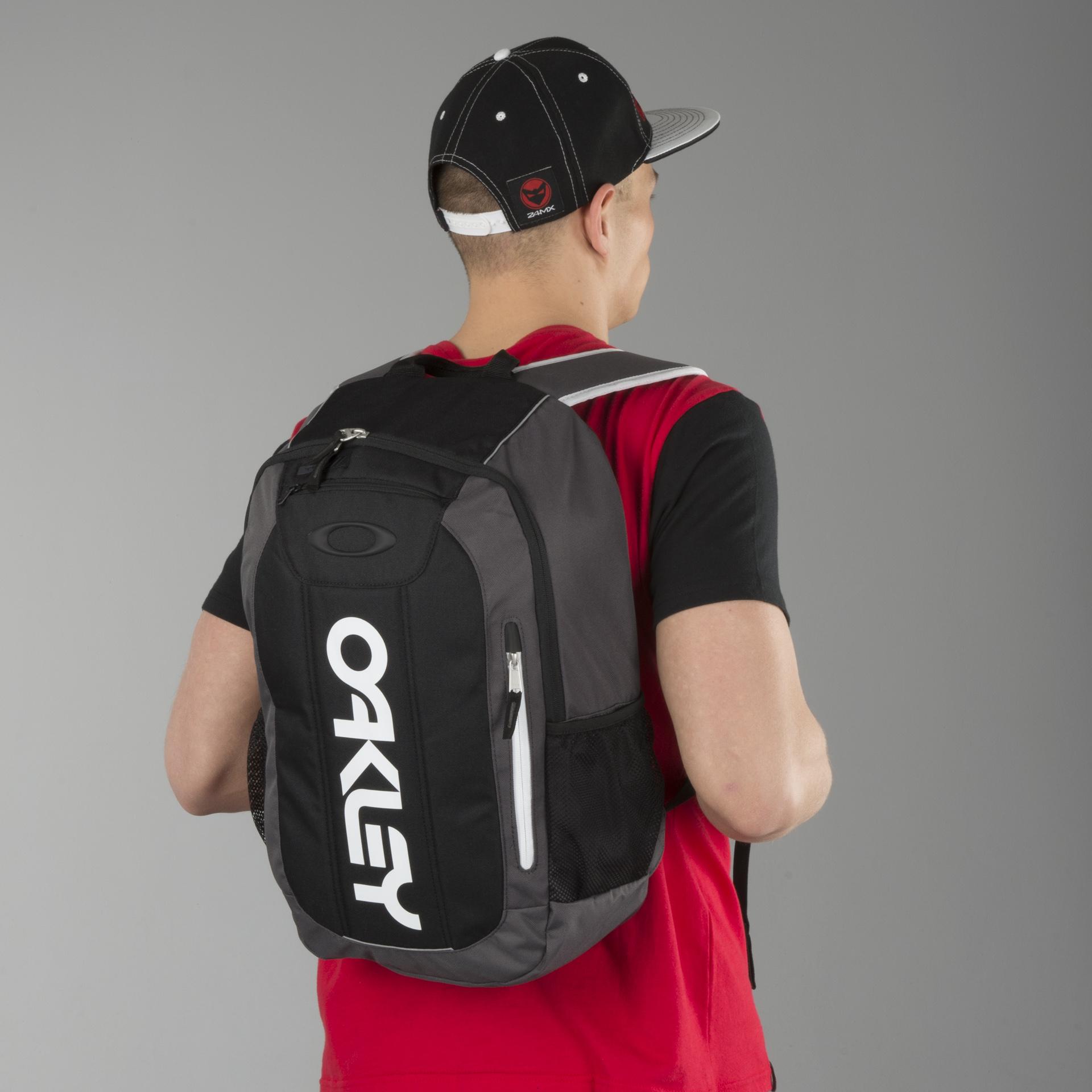 wiggle.se | Oakley Enduro Ryggsäck (20 liter) | Ryggsäckar