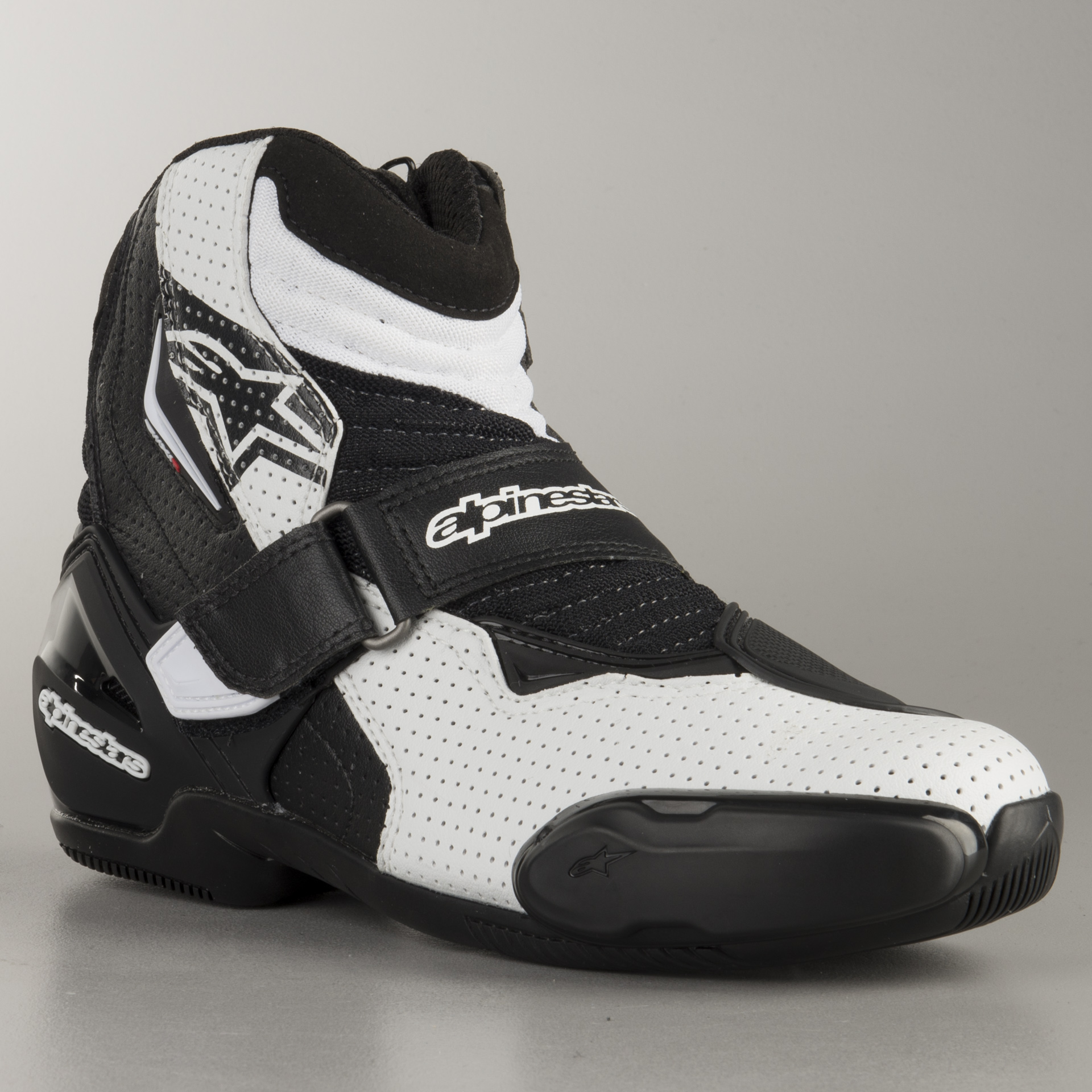 BLACK//WHITE//RED Alpinestars SMX-1 R Vented Boots 48